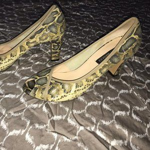 SESTO MEUCCI Snake Skin and Leather Heels